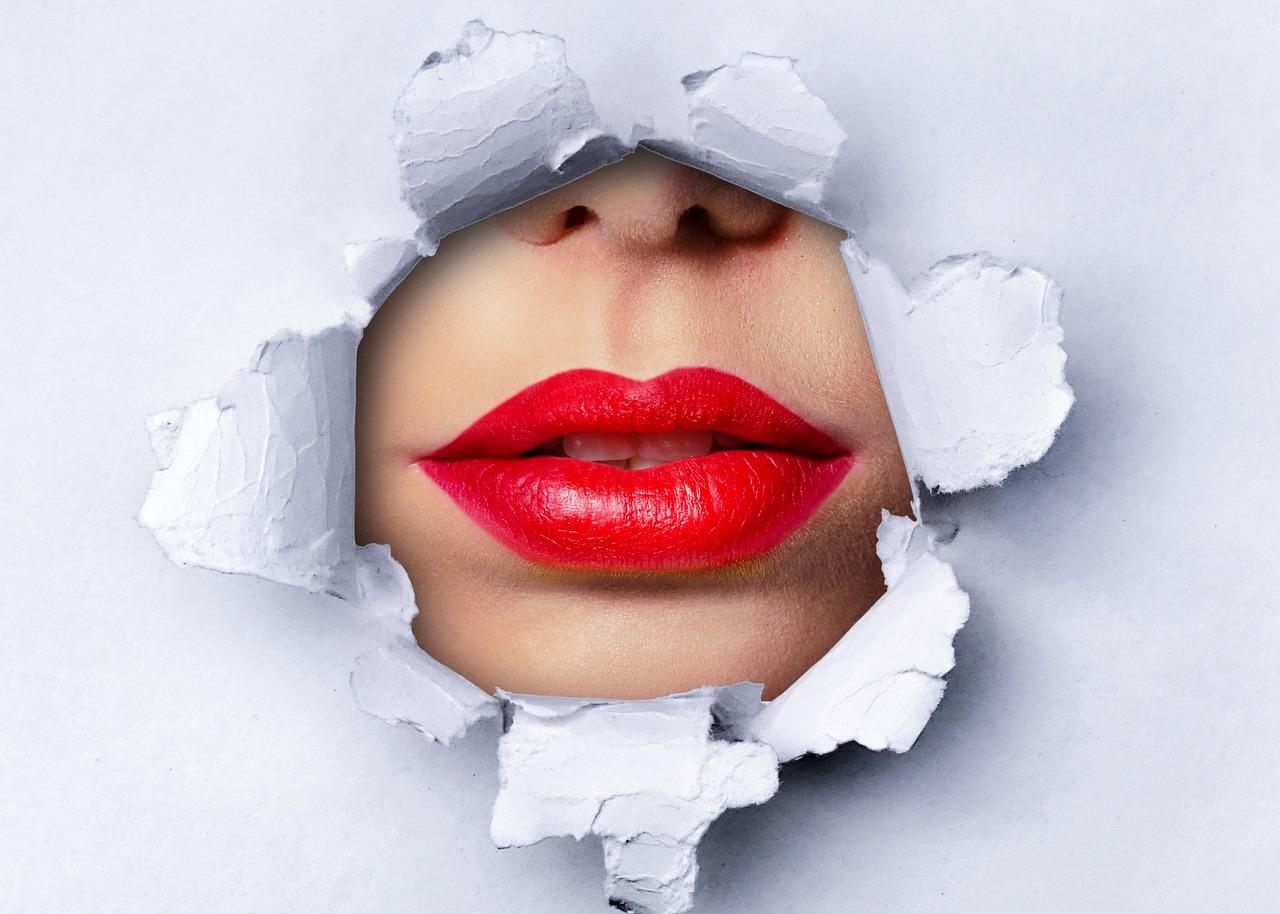 Hairstylisten und Make up Artisten sind auch weiterhin verwandte Berufe